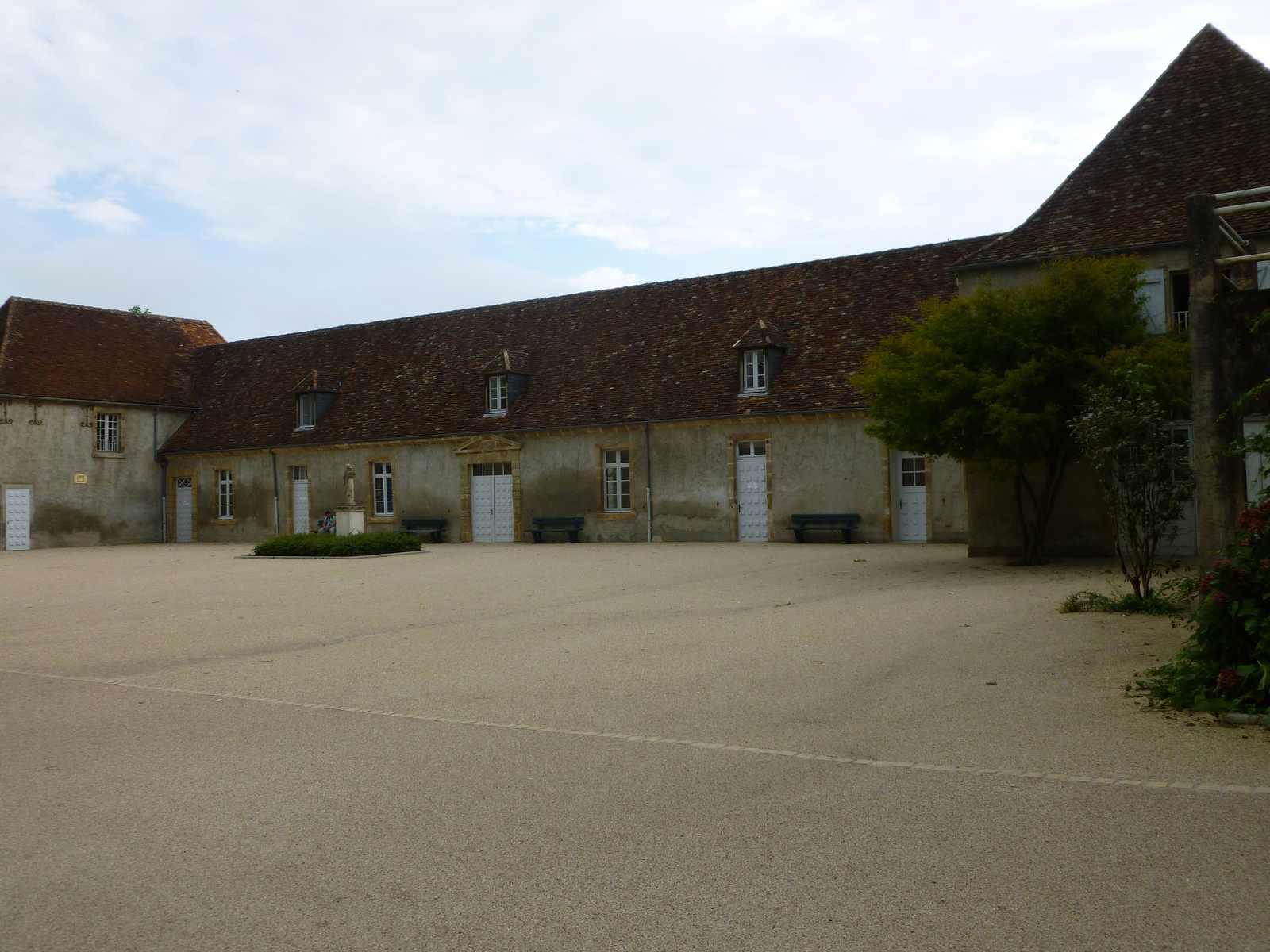 cour Saint Joseph ou cour collège Ets Ste-Bernadette