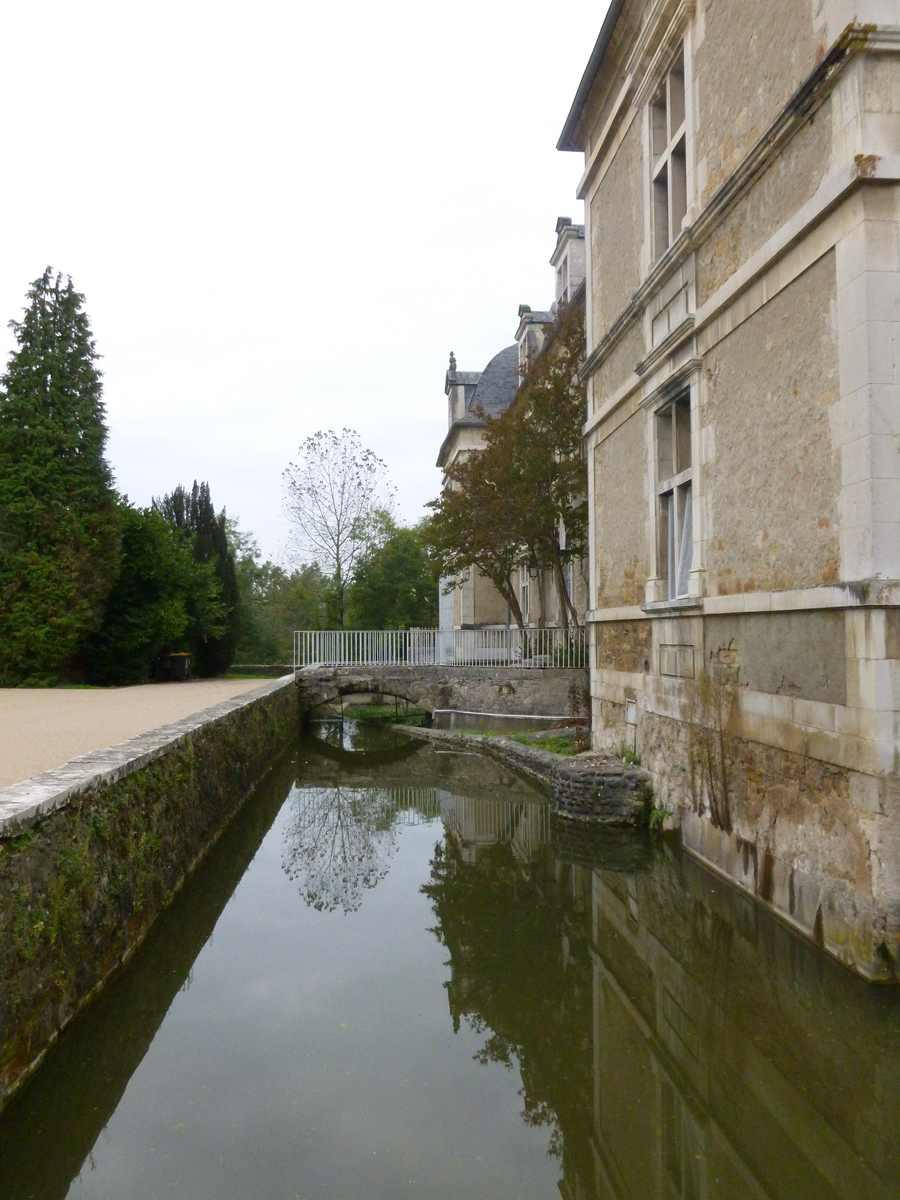 une partie des douves du château d'Audaux