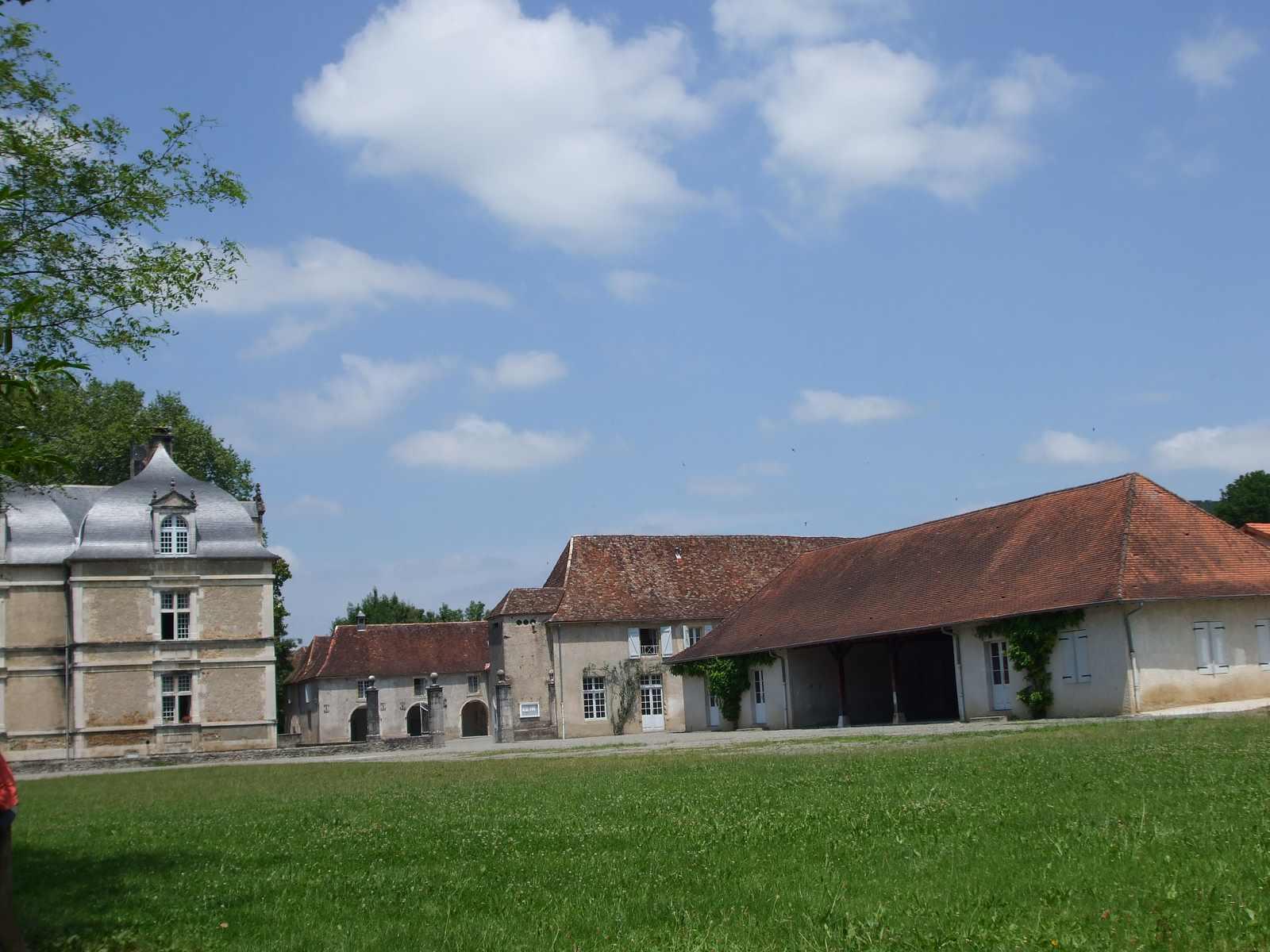 vue depuis une partie du parc du château d'Audaux