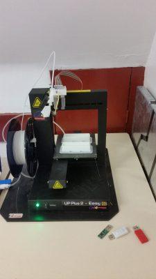 clés USB et imprimante 3 D